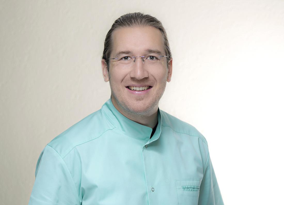 Dr. med. dent. <b>Lasse Röllke M.Sc.</b>